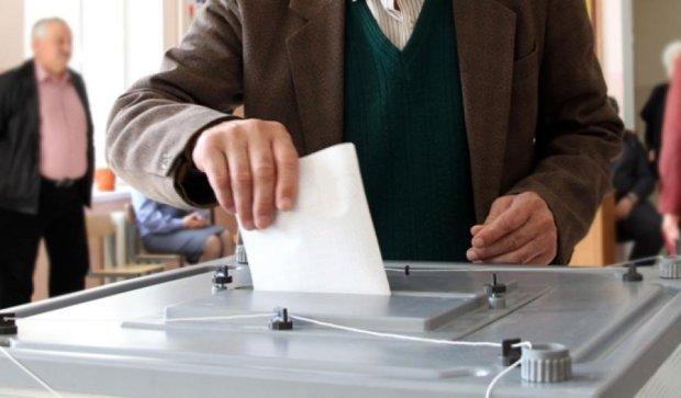 Коалиция договорилась не проводить выборы на оккупированном Донбассе
