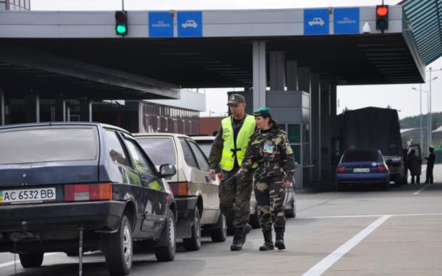До Європи без проблем: українці зможуть стежити за чергами на кордоні онлайн
