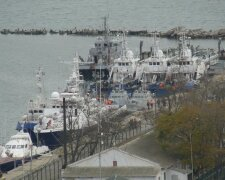 Захоплені РФ судна повернулися до Одеси, фото: Думская