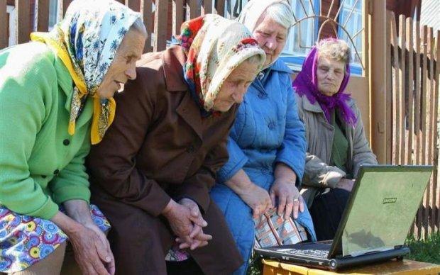 Каменный век: стало известно, сколько украинцев освоили интернет