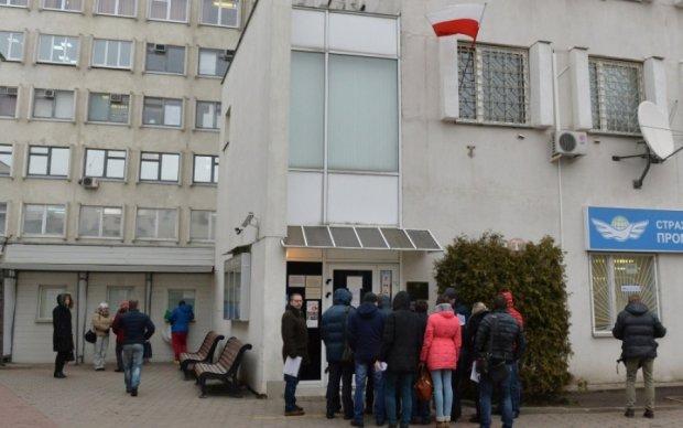 МИД Польши назвал условия возобновления работы диппредставительств