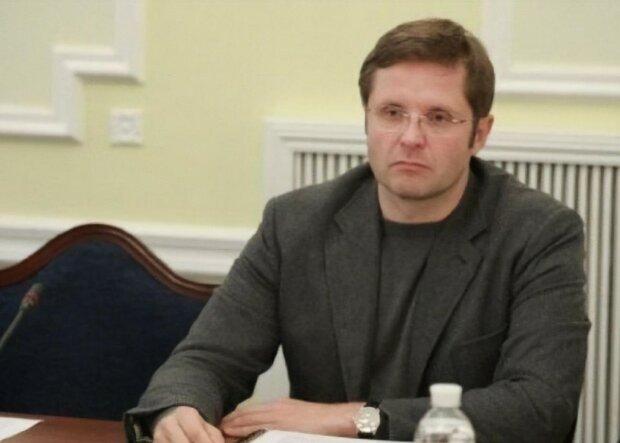 Нефьодов все пропускає повз вуха, нардеп Холодов показав нахабні схеми на митниці