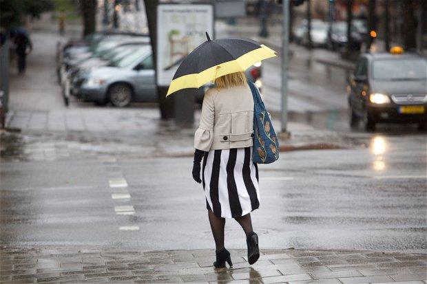 После пасхальных выходных небо над Украиной заплачет холодными ливнями, и это надолго