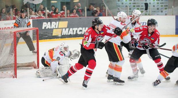 Українська хокейна ліга: новий логотип і зірка НХЛ на матчі-відкритті