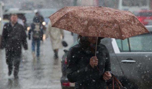 Синоптики предупредили о дождях и гололеде