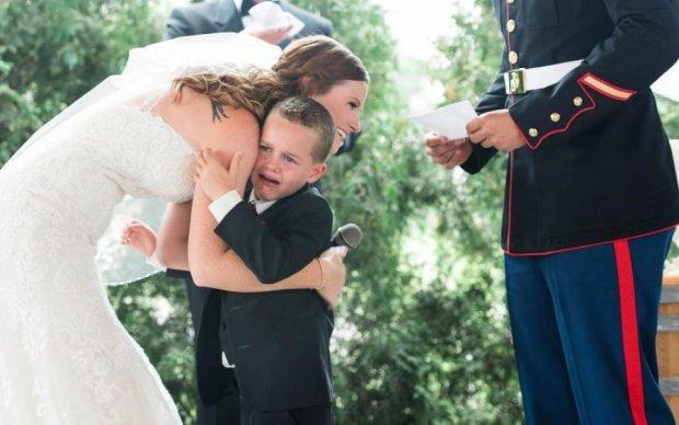 Мачеха довела малыша до слез прямо на свадьбе: видео