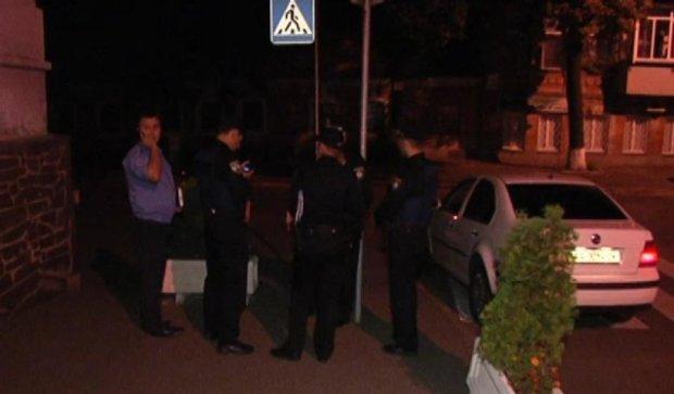 П'яний міліціонер, за яким ганялися вночі патрульні, здався коллегам