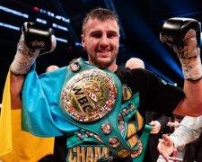 Олександр Гвоздик нокаутував Стівенсона і завоював титул чемпіона світу