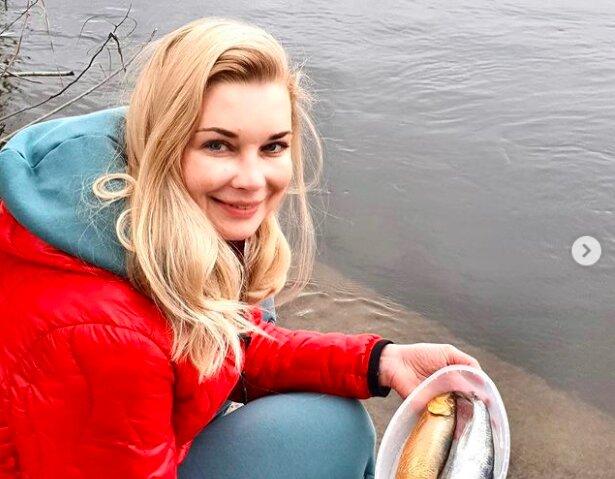 """Лидия Таран с рыбой спрятала за кадром таинственного возлюбленного: """"Догадайтесь сами"""""""