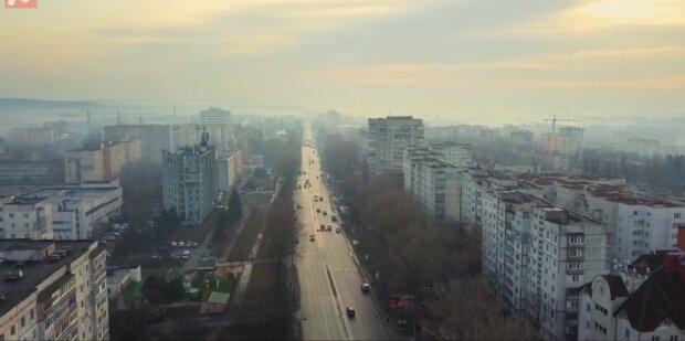 """В """"оранжевом"""" Хмельницком не будут урезать места в маршрутках - """"В очередях риск больше"""""""