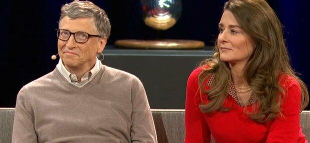 Білл Гейтс з дружиною, фото: скріншот з відео