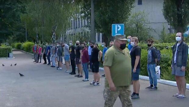 призыв в армию, скриншот из видео