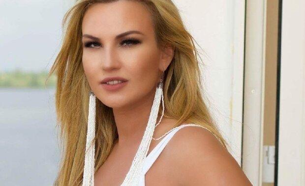 """Співачка Камалія захворіла на коронавірус, хвороба не відступає: """"Я дуже пригнічена!"""""""