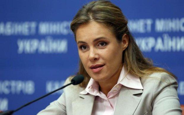 Хоромы подруги Януковича показали в сети: украинцы не сдерживали эмоций