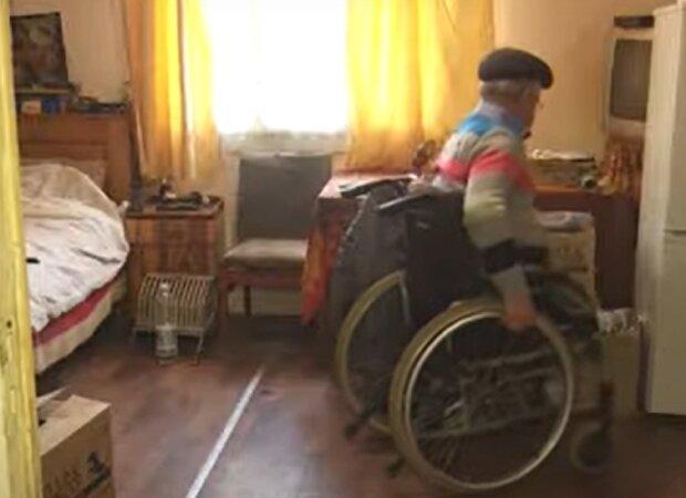 Пенсионер Ярослав, кадр из репортажа СТБ: YouTube