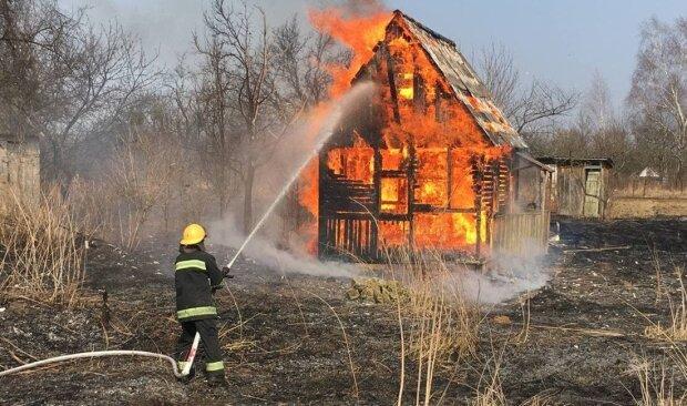 пожар, фото с Facebook МВД