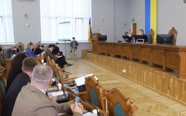 Львівські депутати відмовили Садовому в кредиті, - комунальники залишаться без зарплати