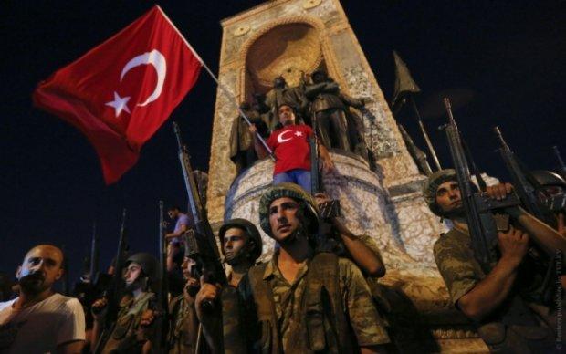 Стрельба на референдуме в Турции: погибли двое