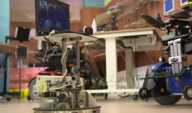 В Швейцарии создали робота, которым управляют силой мысли