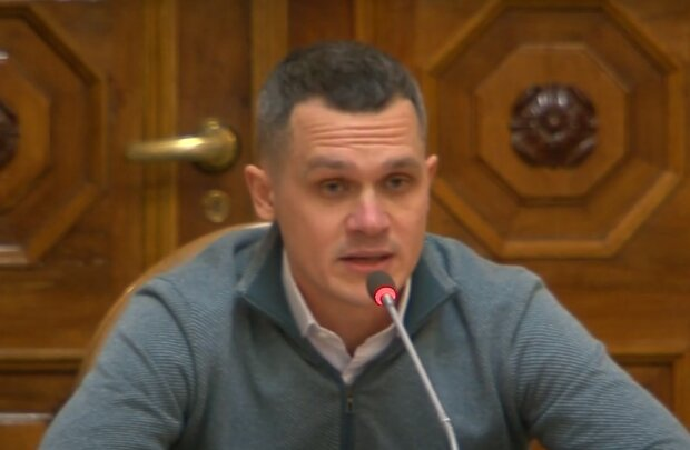 Алексей Кучер, скриншот из видео