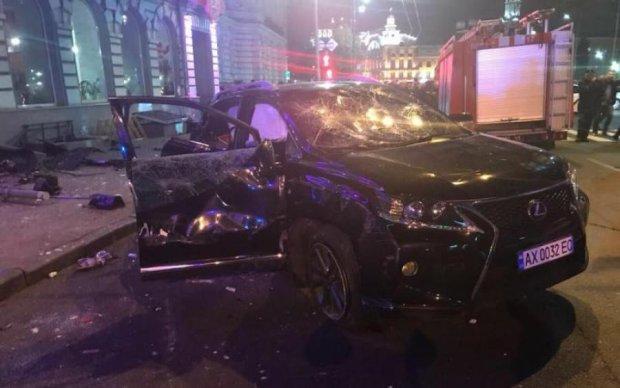 Харківська трагедія: автогонщик зауважив нюанс, про який мовчать всі