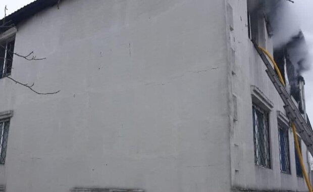 Пожар в доме престарелых в Харькове, фото: ГСЧС Харьковской области