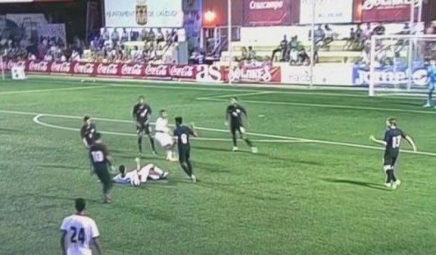 Бахрейнський футболіст ледь не вбив молодого американця