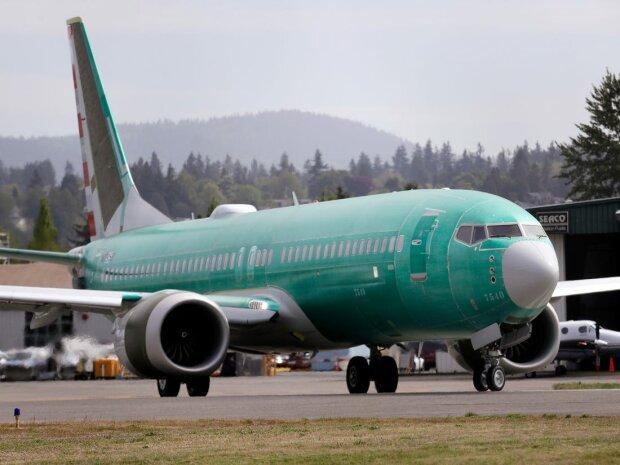 """После аварии борта МАУ Boeing пролила свет на проблемных пилотов: """"Называли идиотами и отказывались учить"""""""
