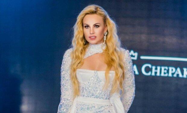 """Богатейшая певица Камалия пережила смерть 17 малюток: """"Плакала всю ночь"""""""