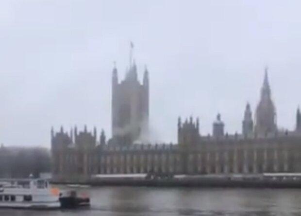 Пожар в Вестминстерском дворце, кадр из видео