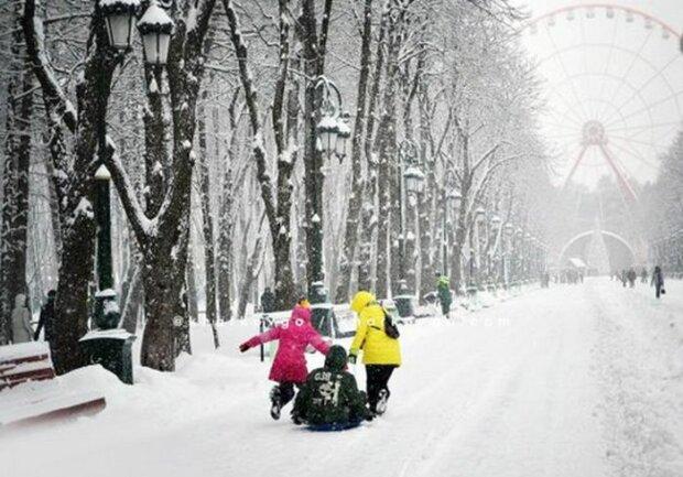 Харьковчане, доставайте варежки, - зима выманит на битву в снежки 13 февраля