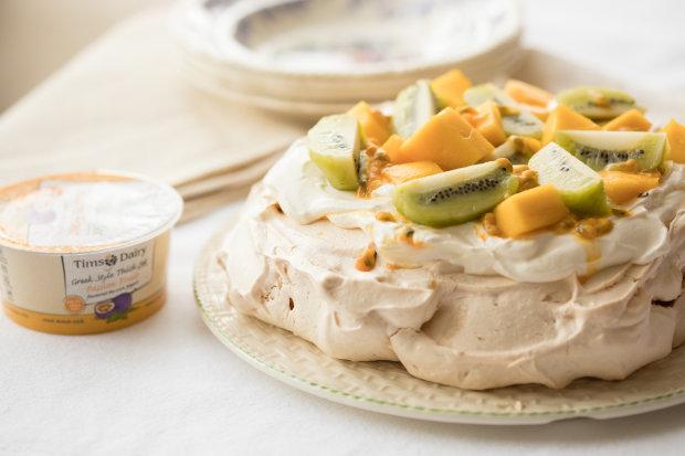 Торт-безе с тропическими фруктами: рецепт незабываемого десерта
