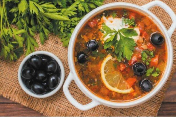 Зимой себя поблагодарите: вкусный рецепт заправки для солянок и рассольников