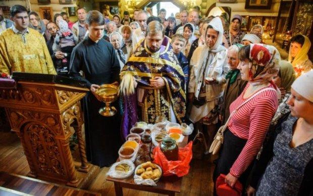 Третий Спас или Ореховый Спас 29 августа: диякон рассказал, почему мы неправильно отмечаем православный праздник
