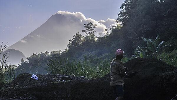 Вулкан Мерапі в Індонезії, фото: ria.ru