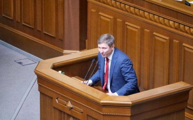 Шахов показал, как губернатор Гарбуз убивает Луганщину