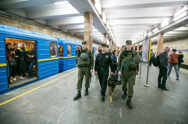 Лжеминеры парализовали Киев: из-за анонимных звонков закрыли 5 станций метро, включая Крещатик