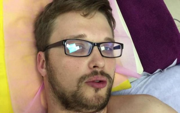 """""""Русский Кен"""" похвастался интимной пластикой своего """"красавчика"""": видео"""
