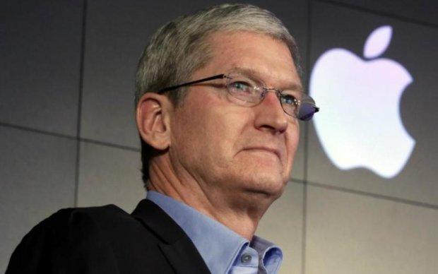 Apple назвали потенційним покупцем імперії Маска