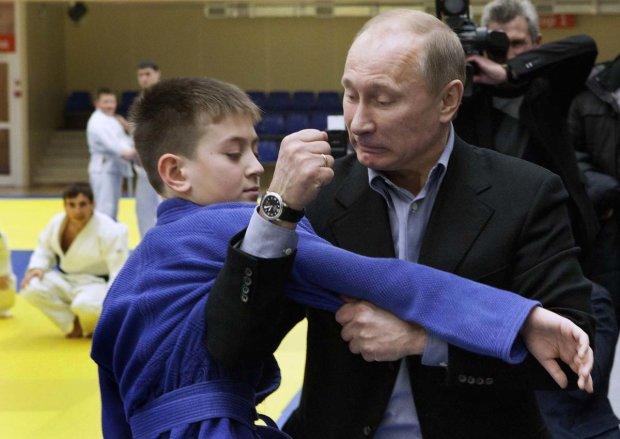"""Подержались за шпили: Путин и его новый """"голубец"""" доказали свою любовь на камеру"""