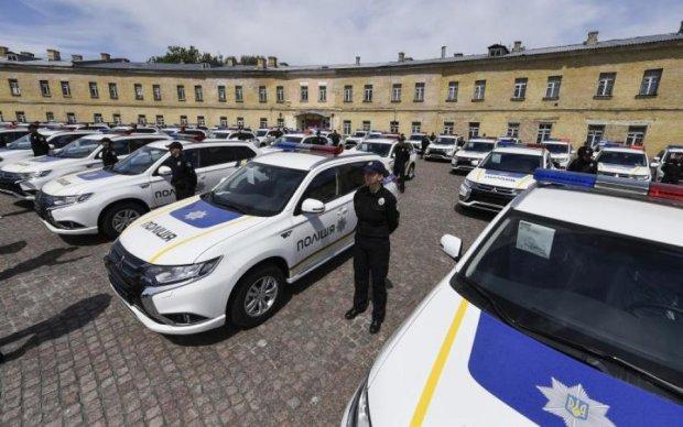 Аваков підготував жорстке покарання копам за аварію на нових авто