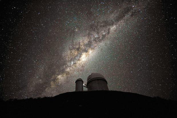 """Вчені """"зважили"""" Чумацький шлях: 1,5 трильйони сонячних мас та Нібіру в подарунок"""
