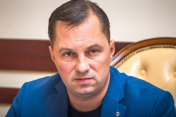 В подопечного Авакова вселился Азаров: кровосиси больше не в моде, только послушайте эту дикость