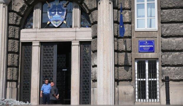 Сімейна розправа потрясла Львівщину, вижили тільки двоє: що зробили з убивцею в суді