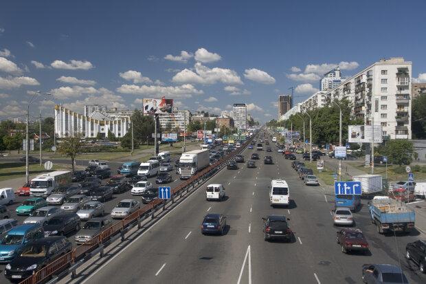В Киеве перекроют проспект Победы из-за Шулявского моста: когда и как объехать
