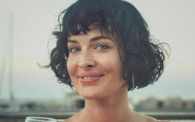 Отличный макияж: голая Астафьева засветила все пикантные места
