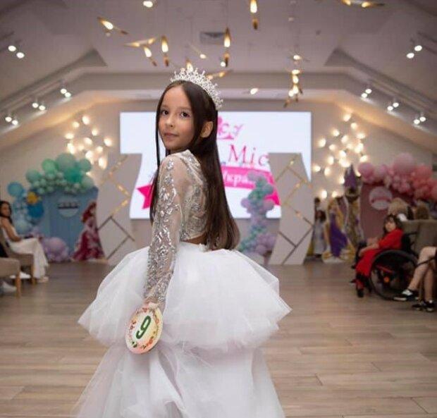 Мисс Золушка и Принцесса в 8 лет: история самой юной модели в Украине