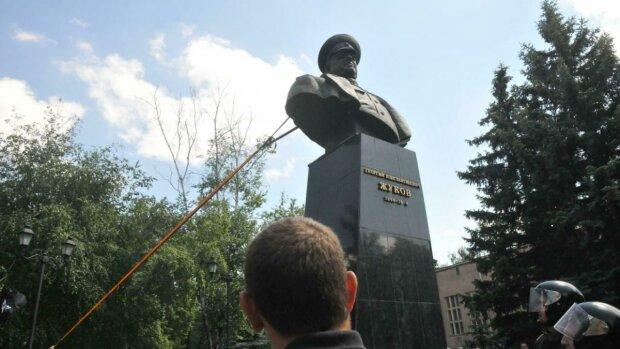 Памятник маршалу Жукову в Харькове, фото: 24 канал