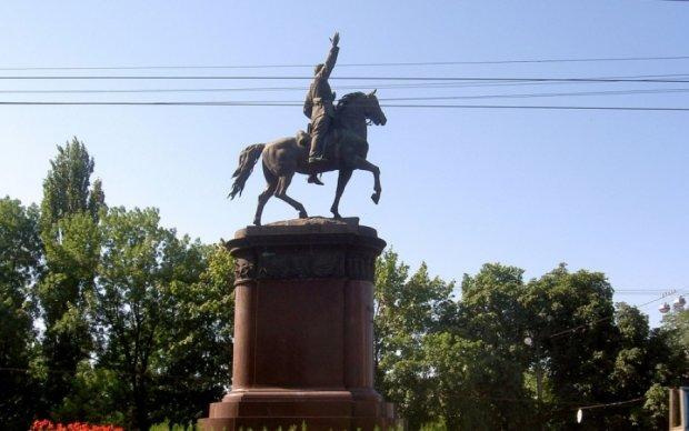 Чи знаєте ви історію пам'ятників Києва?