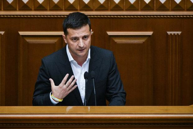 """Зеленський зірвався і перевиховав депутата Порошенка по-своєму: """"Чого ви кричите весь час?"""""""